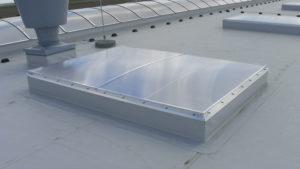 Świetlik dachowy z funkcją wyłazu SHD
